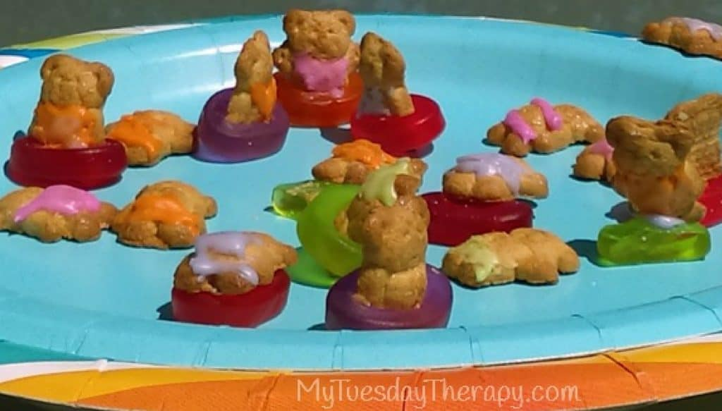 Pool party food idea. Teddy Graham snacks.