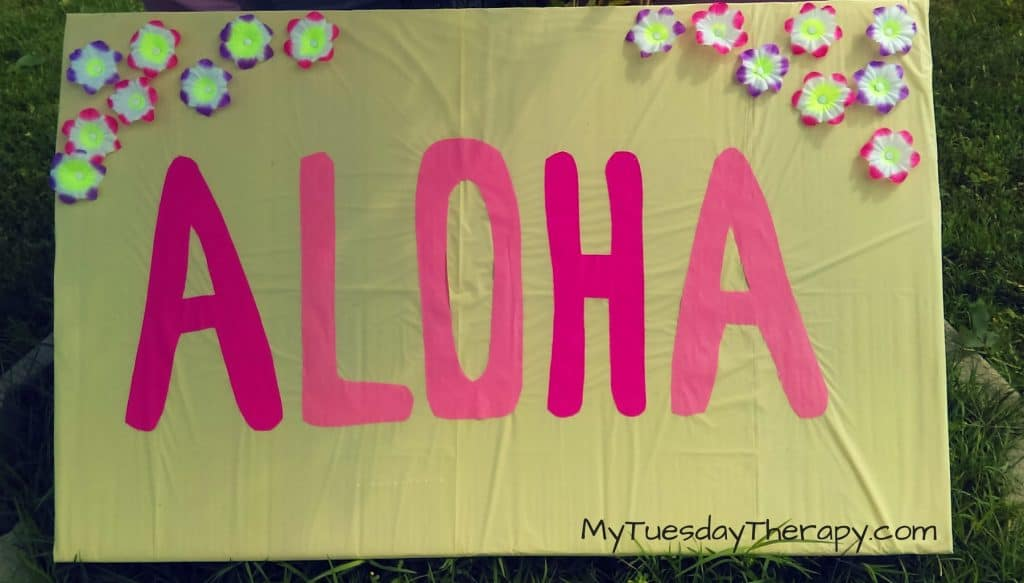 Aloha sign for your Luau Party. | DIY Luau decorations |