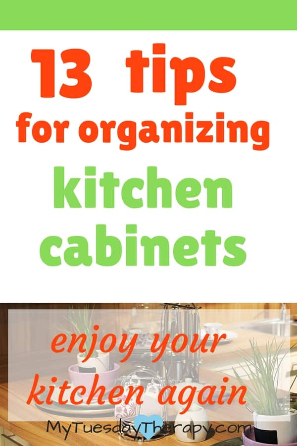 Nobody likes cluttered messy cabinets! Organize your kitchen cabinets with these clever tips! #kitchencabinets