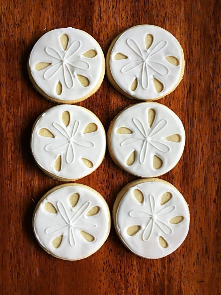 Sand Dollar Cookies (meg z cookies) Hawaiian birthday party food ideas.