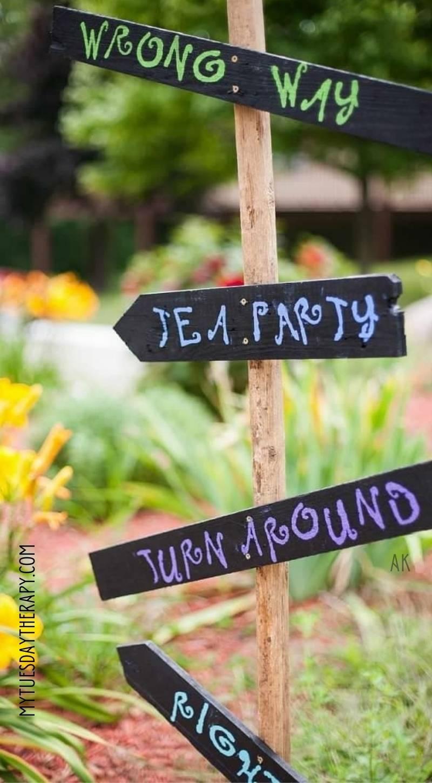 DIY Alice In Wonderland Signs: Wrong Way, Tea party, Turn Around, Right Way