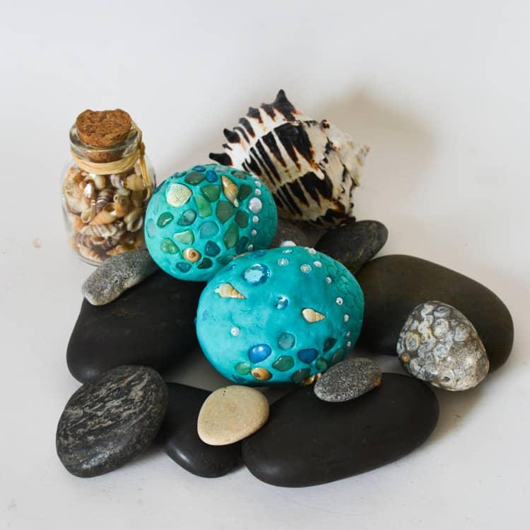 Mermaid Birthday Party Decoration: Mermaid Eggs DIY.