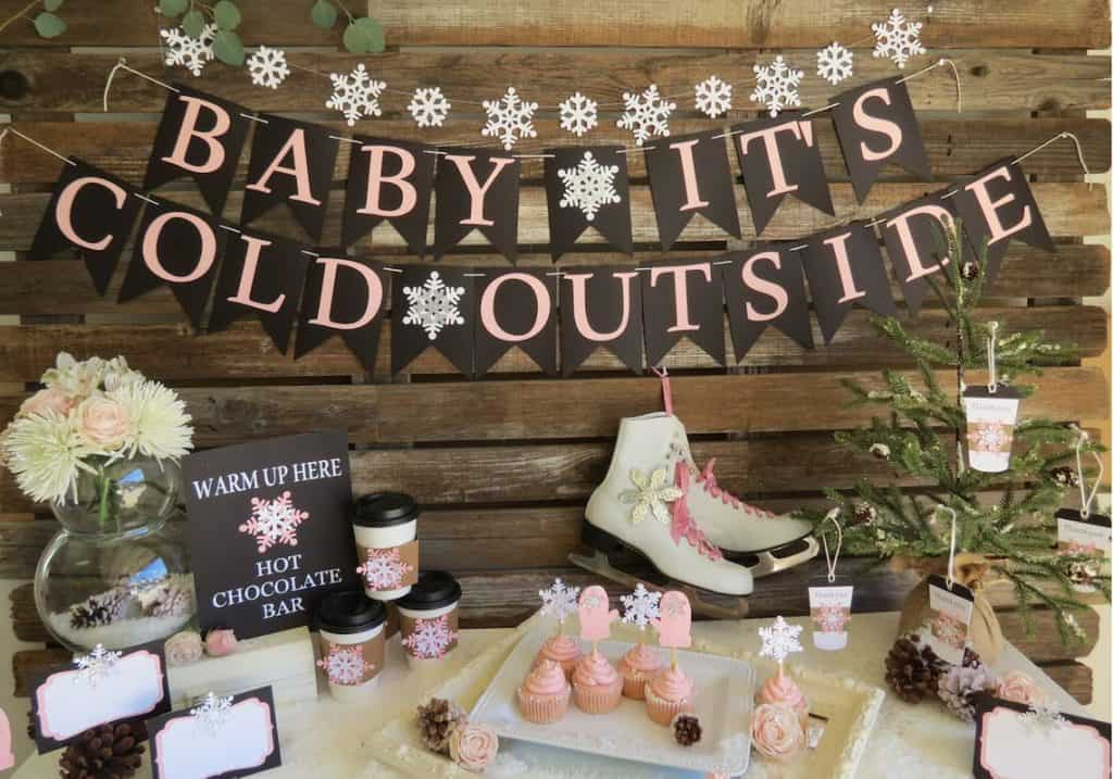 Baby It's Cold Outside Banner (blueoakcreations)