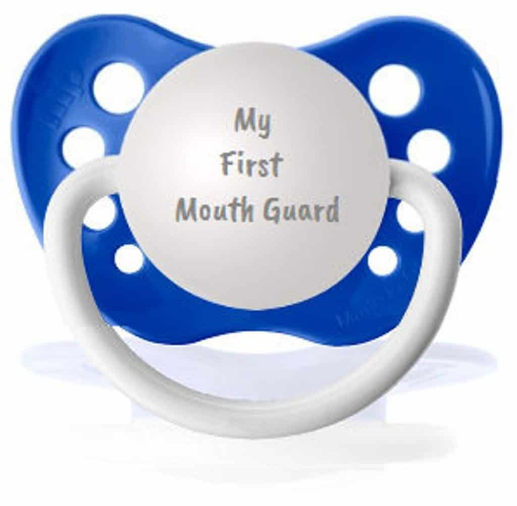 Personalized pacifier. (momandbabyboutique)