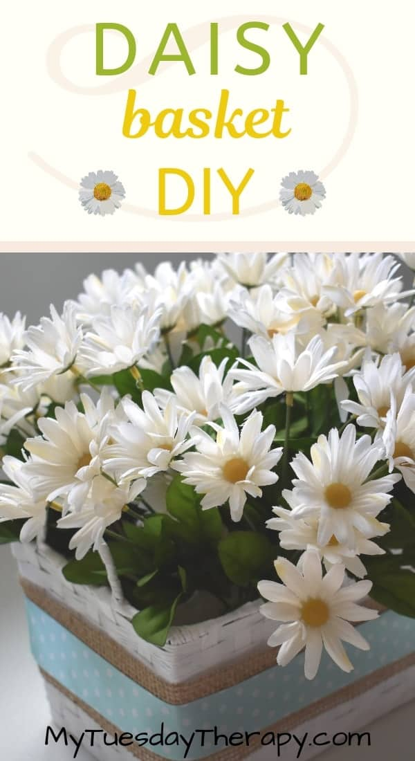 Spring Decoration Ideas. Simple Daisy Basket for home or party. This cute DIY daisy basket make a lovely centerpiece for a baby shower, bridal shower or wedding. Daisy themed party decoration.