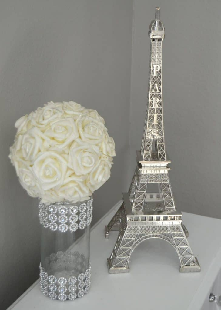 Eiffel Tower Centerpiece For Paris Themed Christmas Party (KimeeKouture)