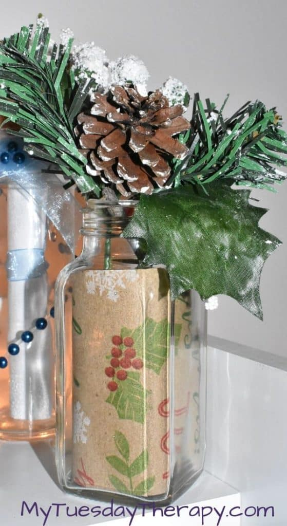 Glass Jar with Wrapping Paper Inside. Easy DIY Christmas Decor for Teen Bedroom.