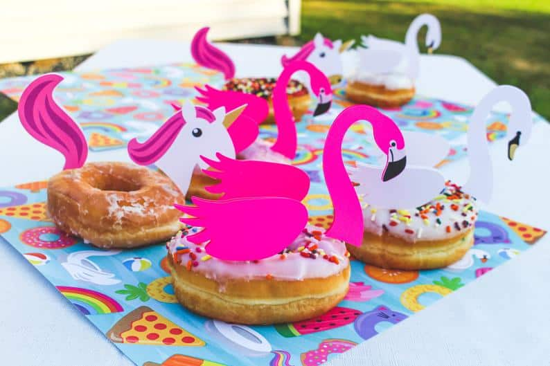 Pool Party Donut Topper (partyyourworld)