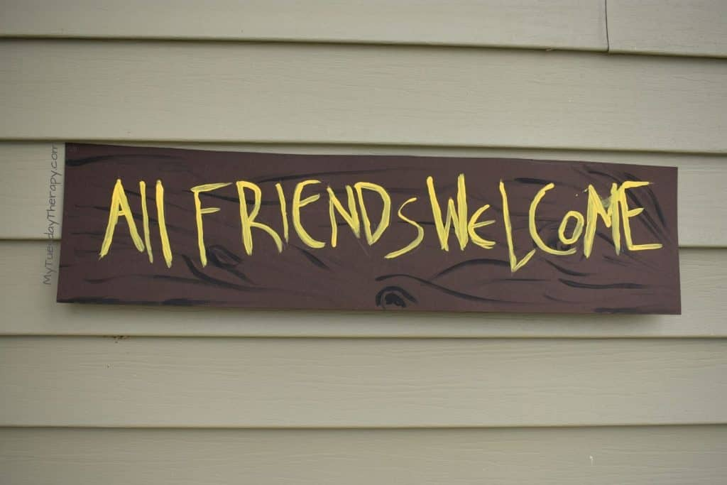 All Friends Welcome DIY Sign