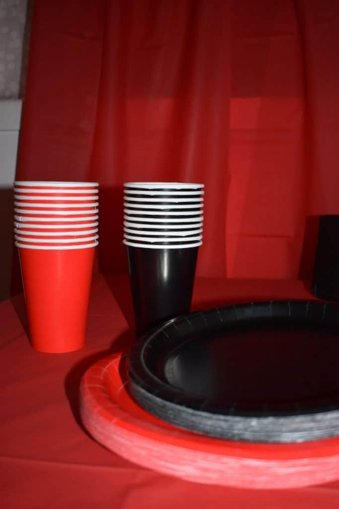 Stranger Things Party Food Serving Ideas. Red and black paper plates and cups