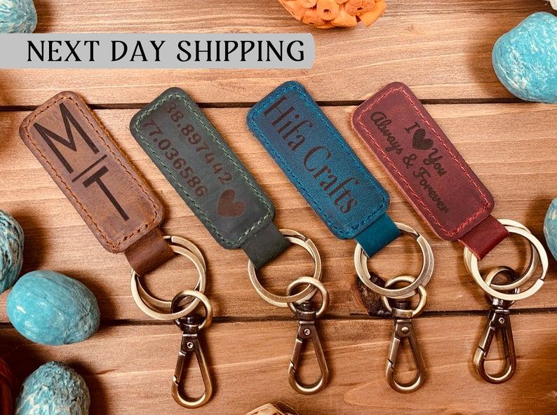 Leather Keychain (hifa crafts)